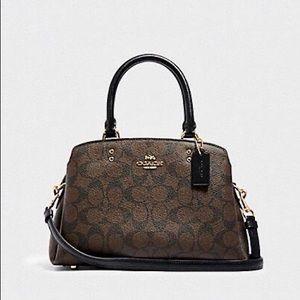 💕Coach women's bag .